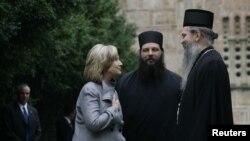 Sekretarja amerikane e Shtetit Hillary Clinton gjatë vizitës në Graçanicë