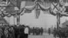 Парад подразделений Британского экспедиционного корпуса в Архангельске. 1919 год / Imperial War Museum