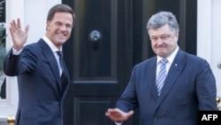 Марк Рютте і Петро Порошенко, Гаага, 26 листопада 2015 року