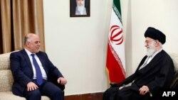 المرشد الإيراني الأعلى علي خامنئي يستقبل رئيس الوزراء العراقي حيد العبادي في طهران