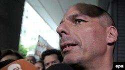 Грчкиот министер за финансии Јанис Варуфакис