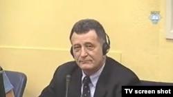 Milan Tupajić u sudnici, 24. veljače 2012.