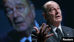 Belgium -- Former French President Jacques Chirac delivers a speech during the European Development Days in Brussels, 07Dec2010
