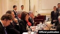 """Konferenca rajonale """"Sfidat në luftimin e krimit të organizuar, terrorizmit dhe bashkëpunimi me Evropën jug-lindore""""."""