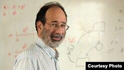 Професор по економија и добитник на Нобелова награда Алвин Рот