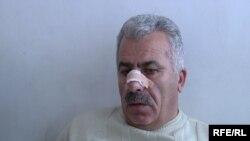 Հայաստան -- Նիկոլ Փաշինյանի վստահված անձ, «Ժողովրդավարական հայրենիք» կուսակցության նախագահ Պետրոս Մակեյանը Երեւանի թիվ 1 հիվանդանոցում, 10-ը հունվարի, 2010թ.