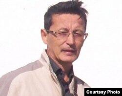 """Марат Жанузаков, руководитель филиала партии """"Алга"""" по Акмолинской области."""