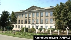 Опорний пункт, де тримали оборону українські військові – Іловайська школа №14
