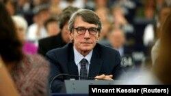 За повідомленнями, фаворитом вважають італійського політика Давіда-Марію Сассолі