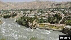 Шаҳри Файзобод -- маркази маъмурии вилояти Бадахшони Афғонистон.