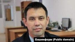 Илдар Хадыев