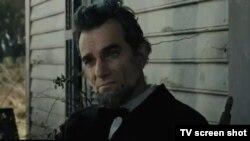 """Кадр из фильма """"Линкольн"""""""