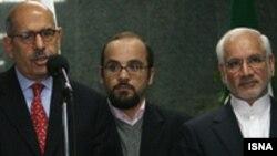 موضوع پرونده هسته ای ايران و فرايند مذاکرات ژنو در دستور کار گفت و گوهای غلامرضا آقازاده و محمد البرادعی است.(عکس: ایسنا)