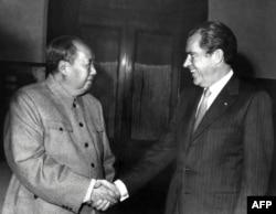 Mao Cedung i Ričard Nikson u Pekingu 1972. godine
