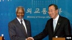 Из Африки. Выходца с Черного континента Кофи Аннана на посту генсека ООН может сменить азиат Пан Ги Мун (справа)