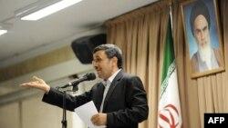 Махмуд Aхмадинежад, покидающий пост президента Ирана. 21 июля 2013 года.
