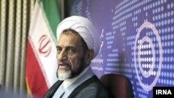 محمد اشرفی اصفهانی، رئیس هیئت بدوی رسیدگی به تخلفات اداری نهاد ریاست جمهوری