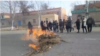 Uzbekistan - protesters blocks the road in Ellikqala