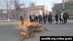 Протест в Элликкалинском районе Каракалпакстана.