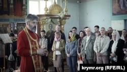 Пасхальная литургия в соборе Святых равноапостольных князей Владимира и Ольги, 8 апреля 2018 года