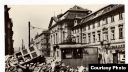 Баррикады в Праге, май 1945