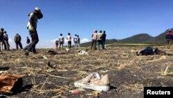 Место катастрофы самолета Ethiopian Airlines. Эфиопия, 10 марта 2019 года.