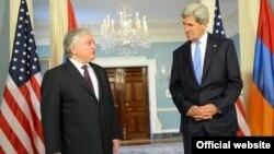 John Kerry və Edward Nalbandian