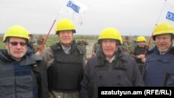 "Nagorno-Karabakh -- OSCE Minsk Group Co-Chairs cross the Armenian-Azerbaijani ""line of contact,"" 22Oct2011"