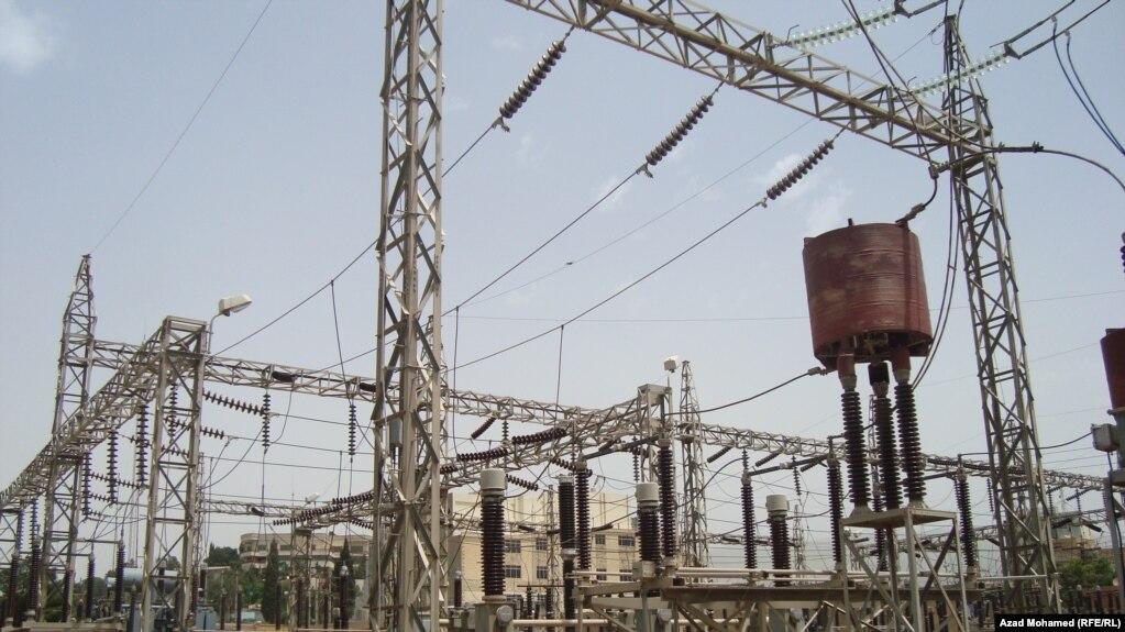 «بمبگذاری» در خط انتقال برق ایران به عراق مناطقی از این کشور را در خاموشی فروبرد