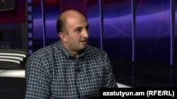 «Մարտի 1» հասարակական կազմակերպության համակարգող Առաքել Սեմիրջյանն «Ազատություն TV»-ի տաղավարում, 16-ը սեպտեմբերի, 2014թ.