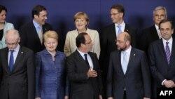Фотографія учасників саміту Євросоюзу в Брюсселі, 27 червня 2013 року