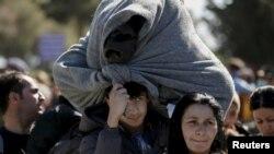Izbjeglice na granici Grčke i Makedonije