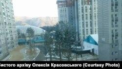 Вид з вікна кімнат українських спортсменів