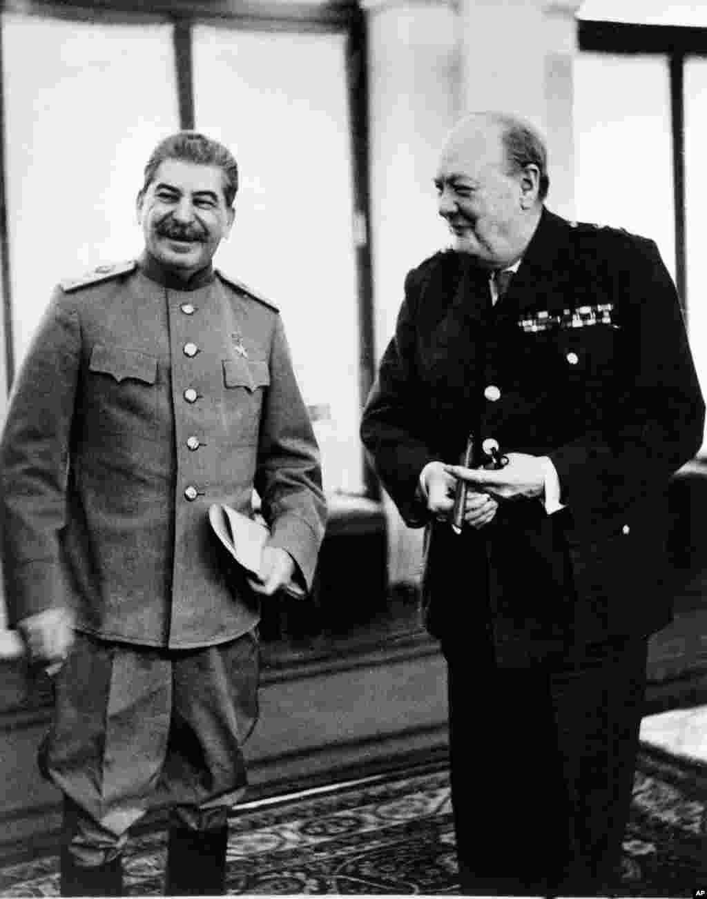 Споры о Ялтинской конференции и ее значении ведутся до сих пор: одни историки и политики считают ее торжеством политического реализма и доброй воли. Другие полагают, что западные лидеры в Ялте проявили недопустимую слабость и близорукость, уступив Сталину где только можно и «сдав» коммунистам Восточную Европу.В 2005 году, выступая во время визита в Латвию, тогдашний президент СШАДжордж Буш-младшийпоставил Ялтинские соглашения в один ряд с Мюнхенскими, назвав их «одной из величайших несправедливостей в истории».Есть и третье мнение – мол, значение Ялты вообще преувеличено