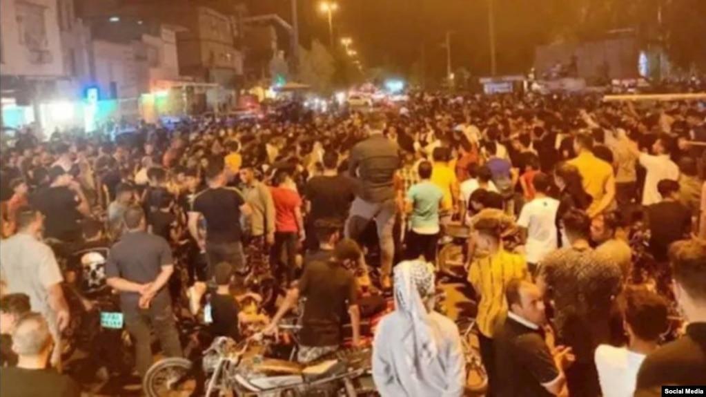 رئيس دادگستری خوزستان معترضان به کمآبی را «معاندین نظام» خواند