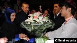Турскиот премиер Реџеп Таип Ердоган при пристигнувањето во Кина