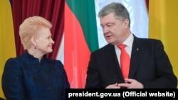 Президент України Петро Порошенко і президент Литви Даля Грібаускайте. Київ, 7 грудня 2018 року