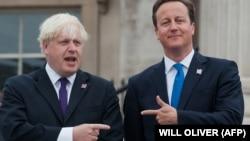 İki rəqib - keçmiş London meri Boris Johnson və baş nazir David Cameron