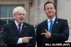 Друзья-соперники? Премьер-министр Великобритании Дэвид Кэмерон (справа) и мэр Лондона Борис Джонсон