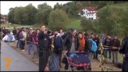 Мигрантите, голем бизнис за шверцерите