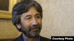 Писатель и журналист Хамид Исмаилов.