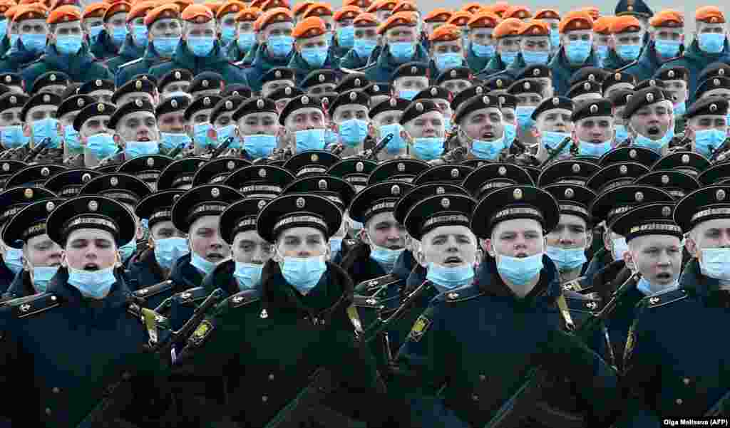 Russian servicemen take part in a rehearsal for the Victory Day military parade in St. Petersburg. (AFP/Olga Maltseva)