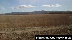 Дорога между Биробиджаном и одним из сел в Еврейской автономии