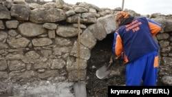 Российские археологи работают на месте строительства трассы «Таврида». Белогорск, октябрь 2017 года