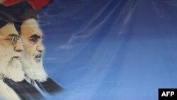 Россиянын Атомдук агенттигинин жетекчиси Сергей Кириенко орустардын жардамы менен курулган Бушер ядролук станциясында пресс-конференция өткөрдү, Иран, 25-февраль, 2009-жыл