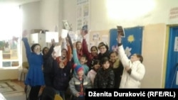 Učenici Alme Kekić i Sunčice Lipovače