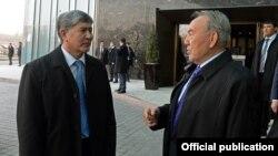 Aлмазбек Атамбаев и Нурсултан Назарбаев