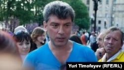 Борис Немцов - один из сопредседателей партии