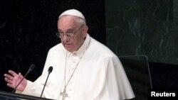 Папа Римський Франциск під час виступу в штаб-квартирі ООН