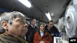 Европа иттифоқи мутахассислари¸ Россия-Украина чегарасига газ ҳажмини назорат қилишга имкон берувчи мосламаларни ўрнатиб бўлдилар.